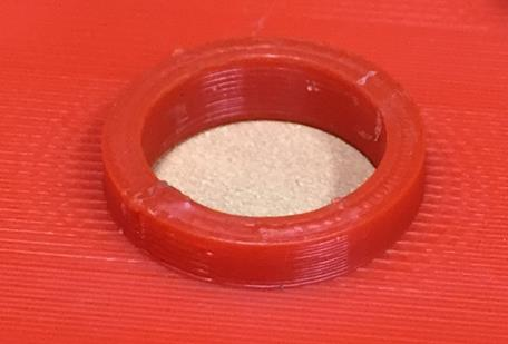 Pièce en imprimerie 3D avec traces visible des couches d'impression